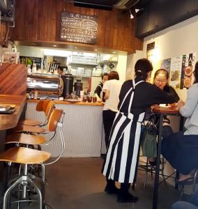 cafe内装